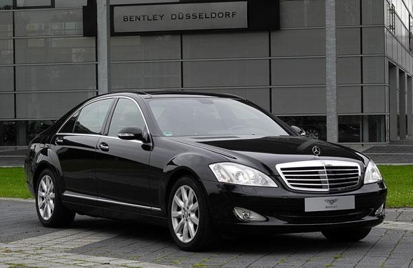Mercedes-Benz_S_320_